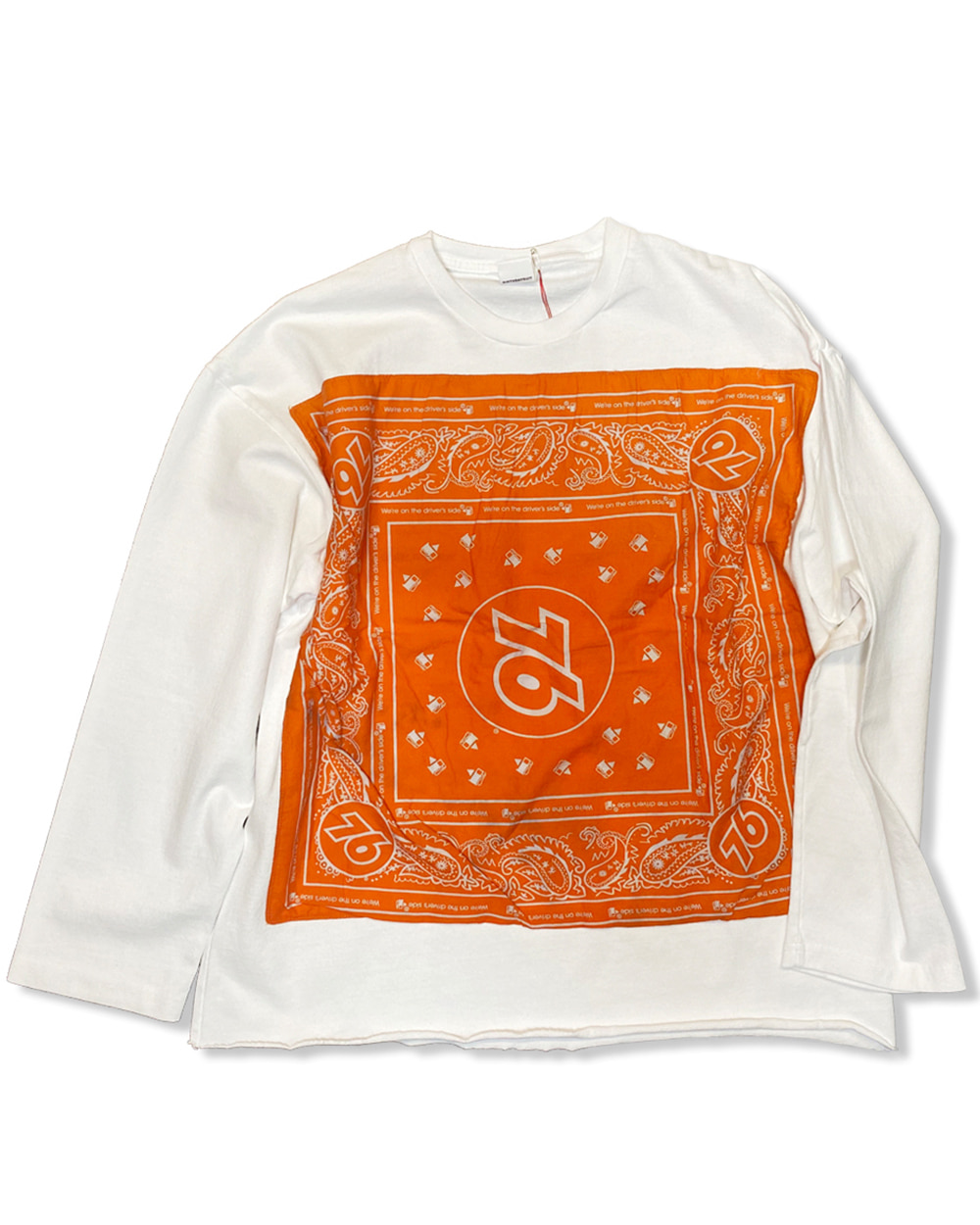 벌스데이수트 Vintage Bandana Long Sleeve (White)_TYPE 4